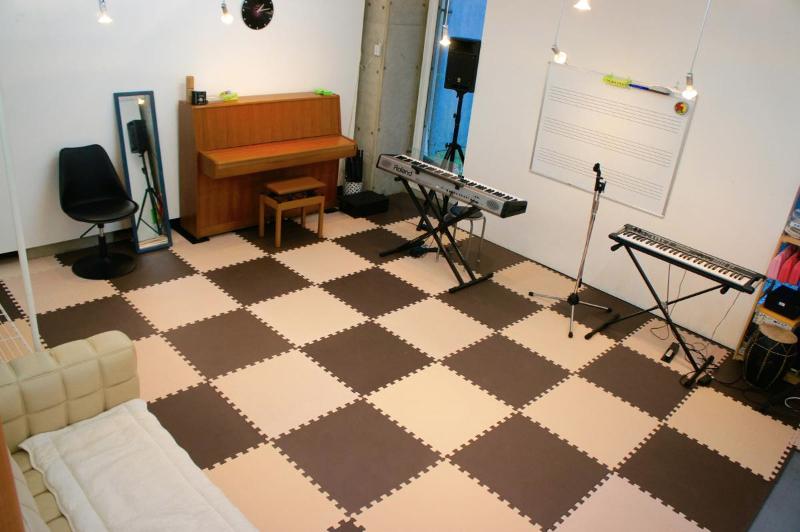 th_b_studio