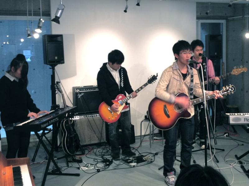 th_live